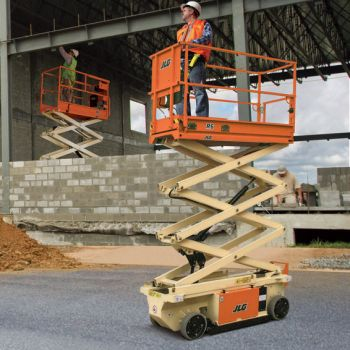 Cummins 4BT Scissor Lift Application
