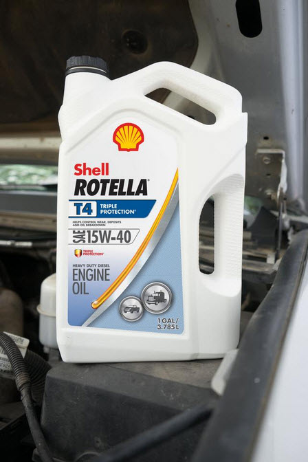 Diesel Break In Oil Shell Rotella 15W-40 Diesel Engine Oil